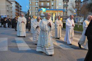 Giornata mondiale del malato, il vescovo Domenico: «Fare del bene senza aspettarsi nulla»