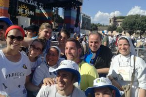 Papa Francesco ai giovani: «sognate alla grande, come san Francesco»