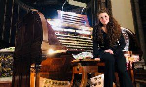 Decennale del Dom Bedos Roubo, alle tastiere Sara Musumeci