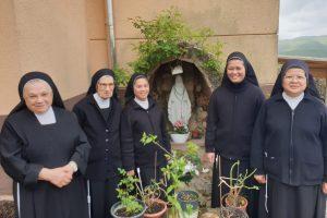 Suore dell'Immacolata di Santa Chiara: il carisma di servire i più piccoli