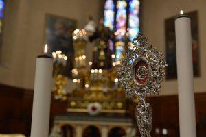 Tanti fedeli in Sant'Agostino per l'inizio del Giugno Antoniano